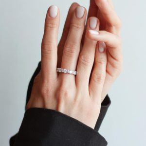 beautiful-hands-with-ring.jpg